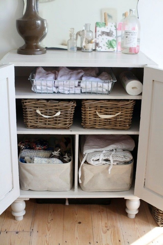 practical-bathroom-storage-ideas-52-554x831