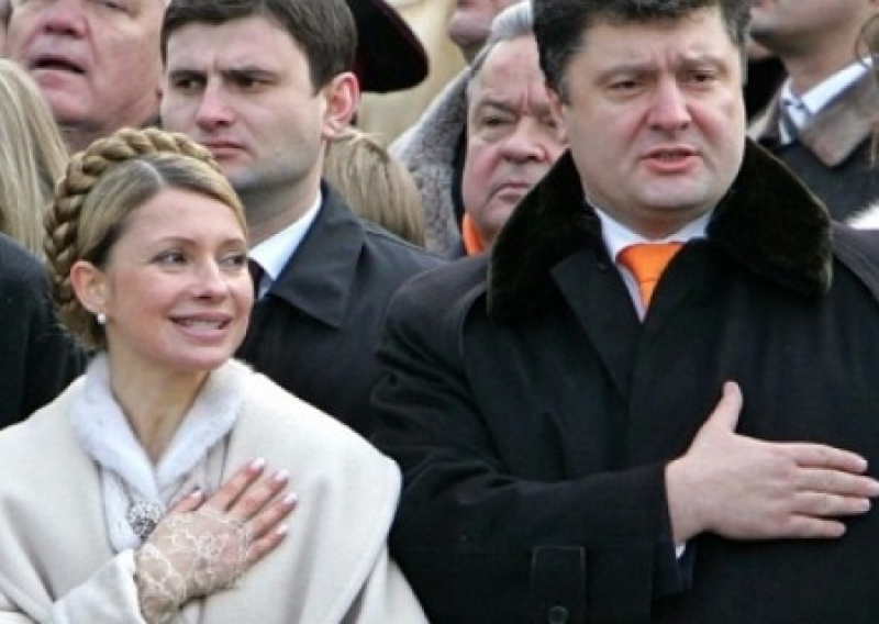 Юлия Тимошенко сливает свою кампанию в пользу Порошенко?