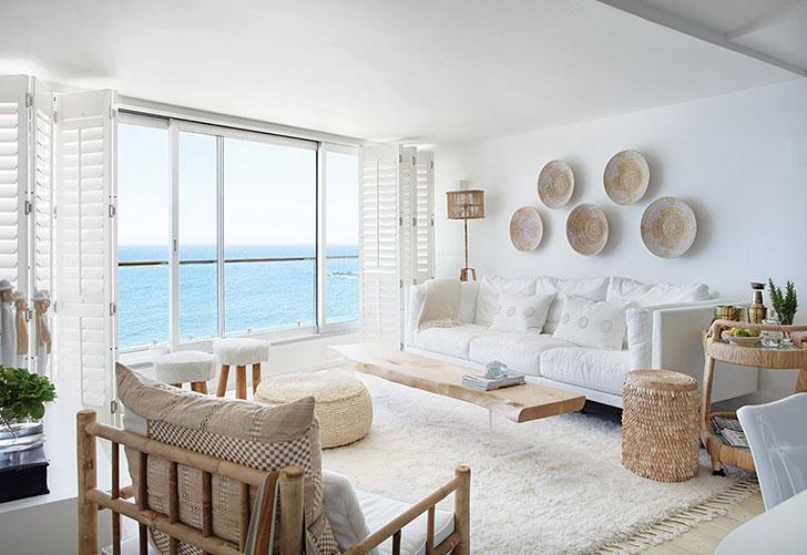 Белоснежная квартира с видом на океан в ЮАР