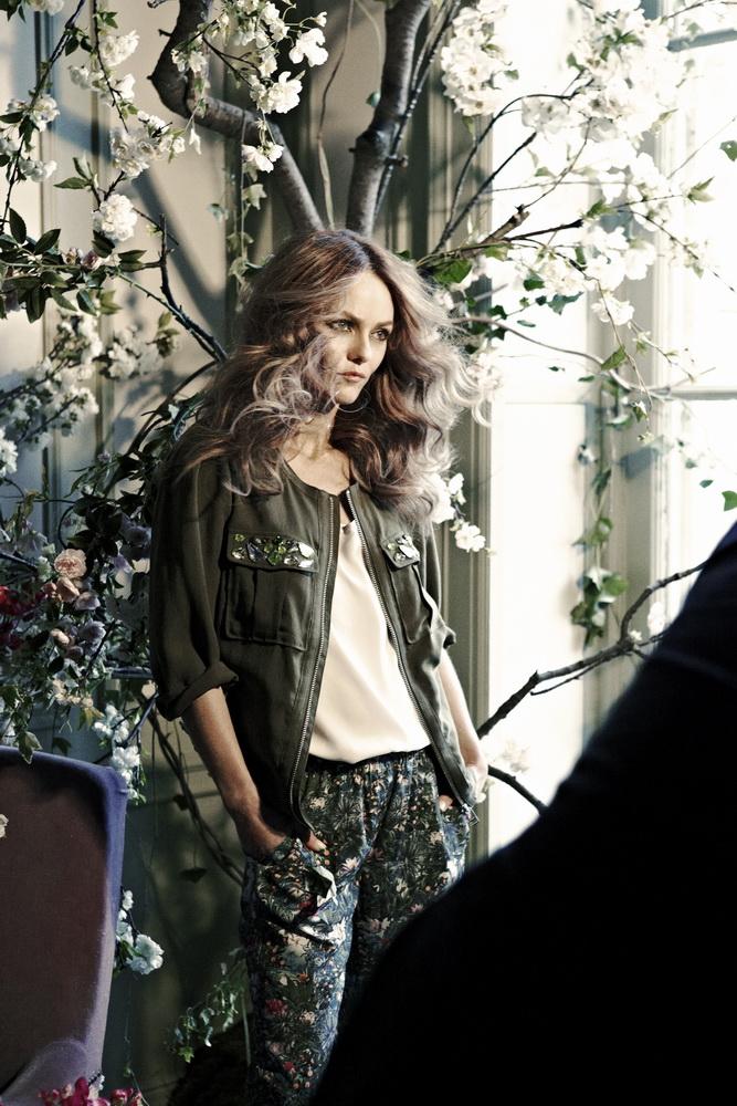 Ванесса Паради снялась для новой коллекции H&M Conscious