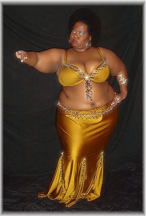 Ее восточные танцы поразили …