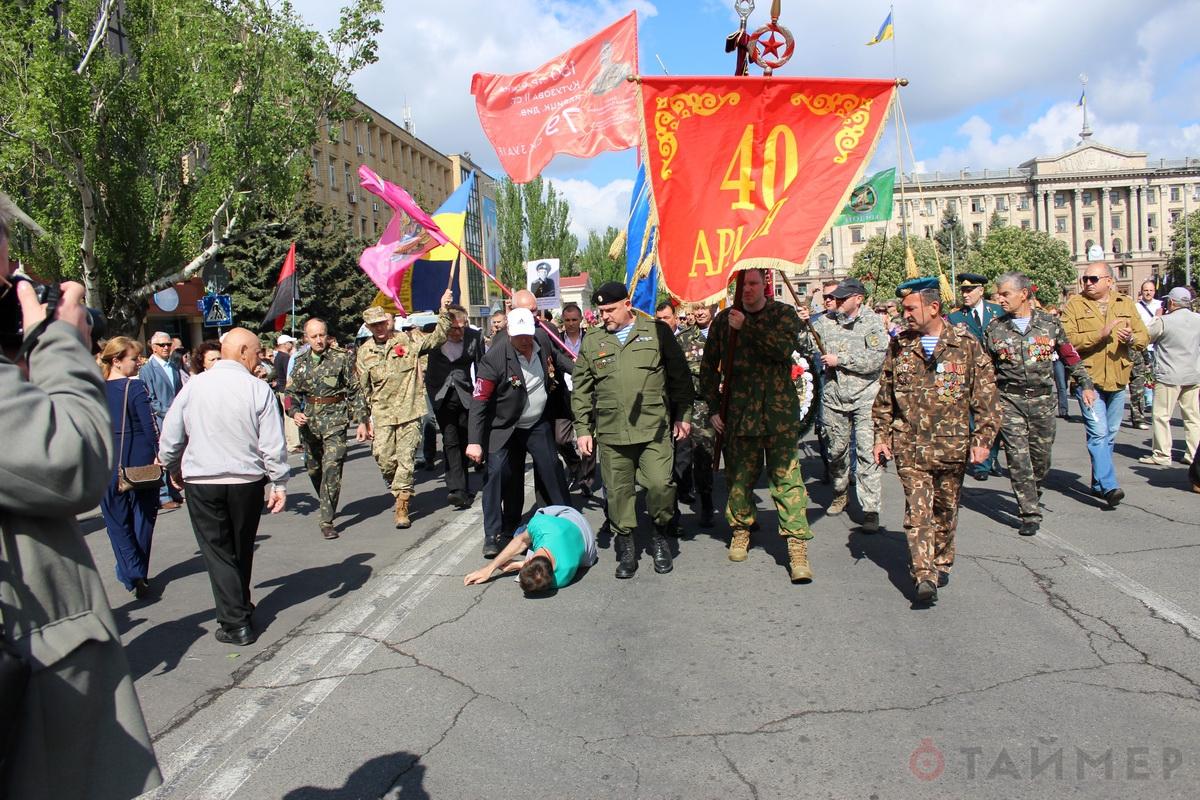 Николаев — русский город: ветераны-афганцы избили «атошников»-провокаторов (ФОТО, ВИДЕО)