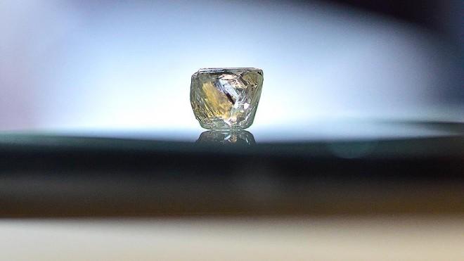 Кристалл из инопланетного льда: космический артефакт из пустыни Невада