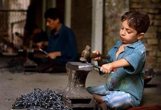14. Жуткие снимки, Трогает до слёз, дети, детский труд, рабство