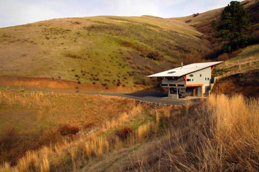 Дом, предназначенный для ухода на пенсию и отдыха на природе