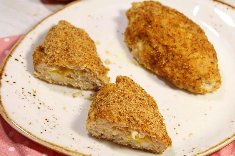 Куриные зразы с начинкой из сыра и яйца видео рецепт, еда, зразы, котлеты, курица, рецепт, фарш