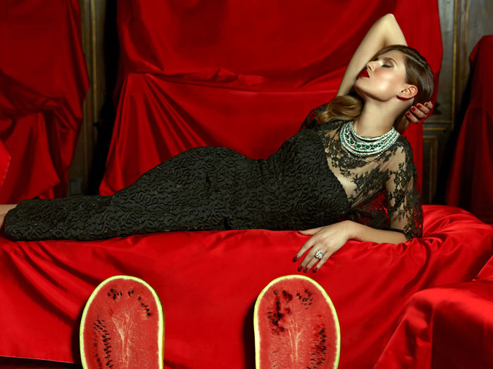 Бьянка Балти (Bianca Balti) в фотосессии Пьерпаоло Феррари (Pierpaolo Ferrari) для журнала Tatler Russia (сентябрь 2013), фото 5