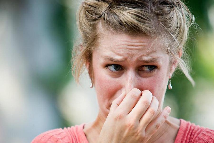 Запахи, которые могут все испортить. Как понять, как от тебя пахнет?