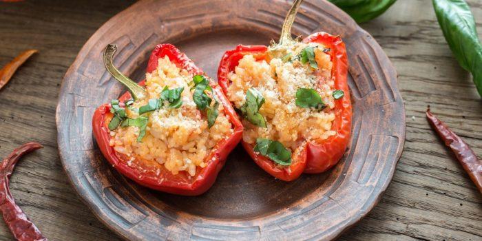 Перец со шпинатом и сыром.  Фото: google.com.