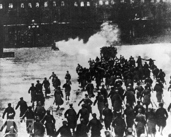 Россия XX века: За чей счет …
