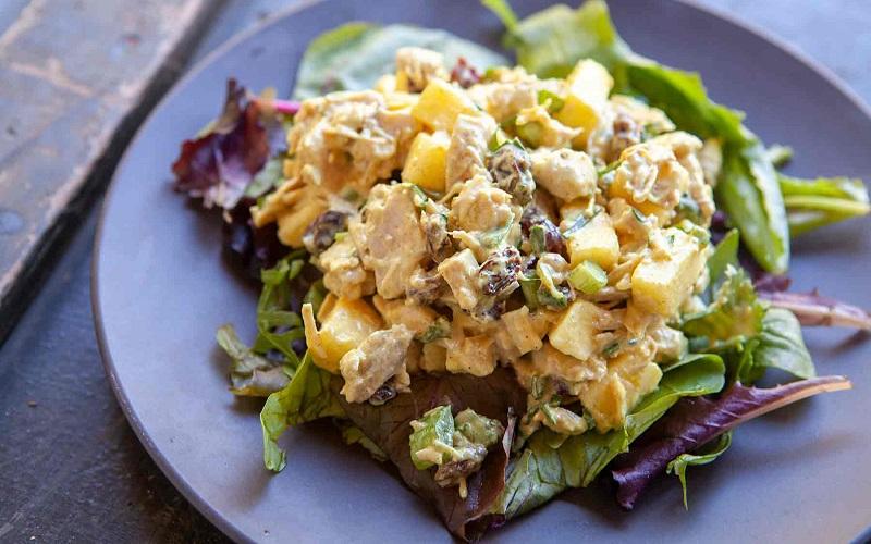 Легкие салаты с индейкой: популярные блюда домашней кухни
