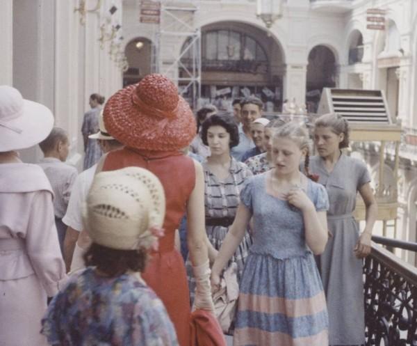 Cиндром 'Dior'-a в Москве или Как «либералы» передёргивают