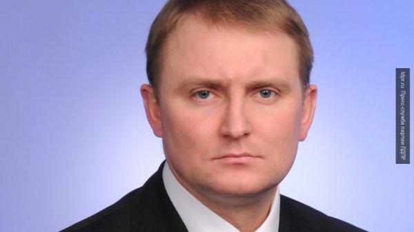 В Госдуме прокомментировали заявление главы Минобороны Польши о связи КНДР с Россией