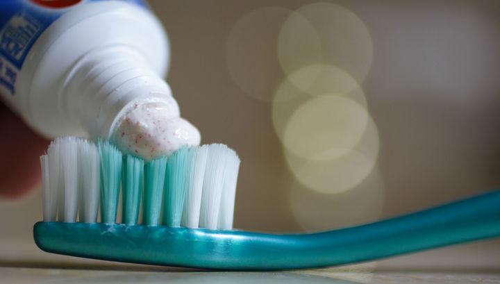 Пептидная зубная паста восстановит эмаль и залечит полости в зубах