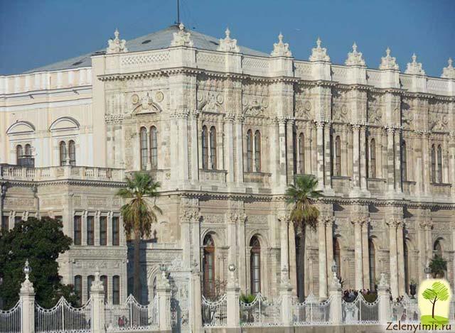 "Дворец турецского султана ""Долмабахче"" в Стамбуле, Турция - 16"