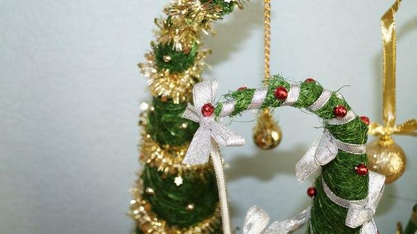 МК создание новогодней елки из сизаля.