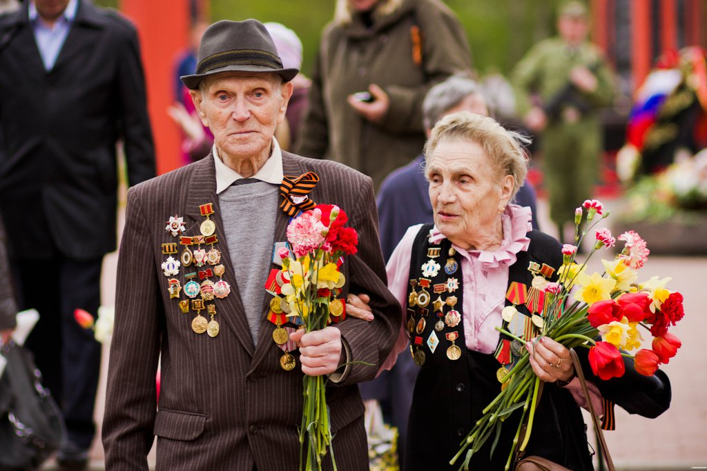 В регионах России обсуждают дополнительную помощь ветеранам