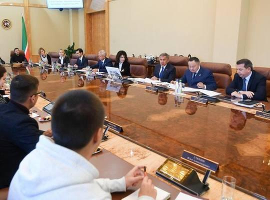 Президент РТ встретился в Ка…
