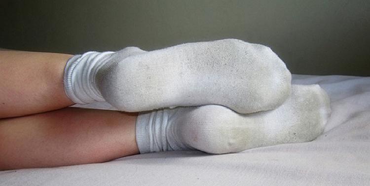 Как вернуть носкам белизну: …