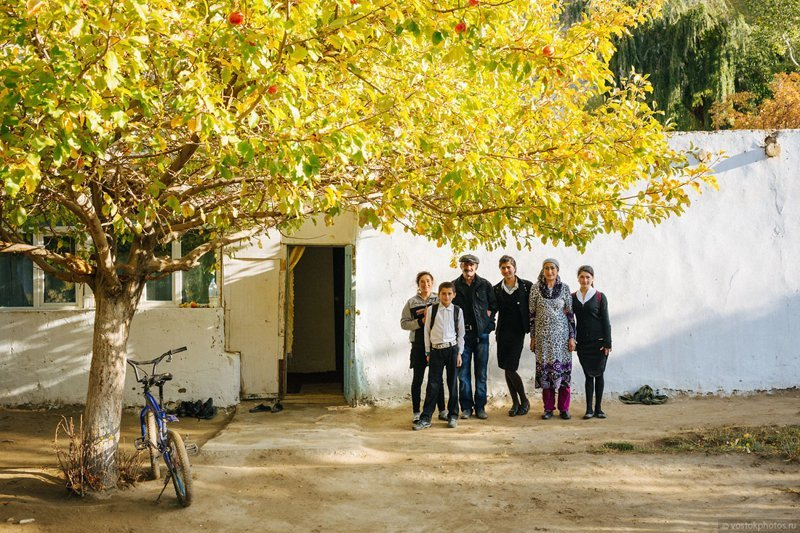 Как живут таджики у себя на родине?