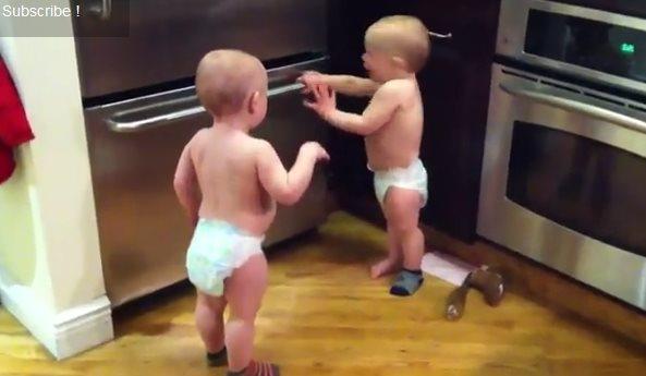 Позитив дня: Забавные близнецы
