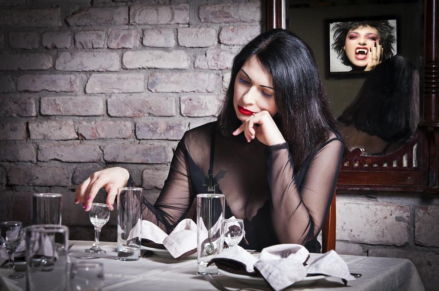 Как жалостливые женатики одиноких дам утешают