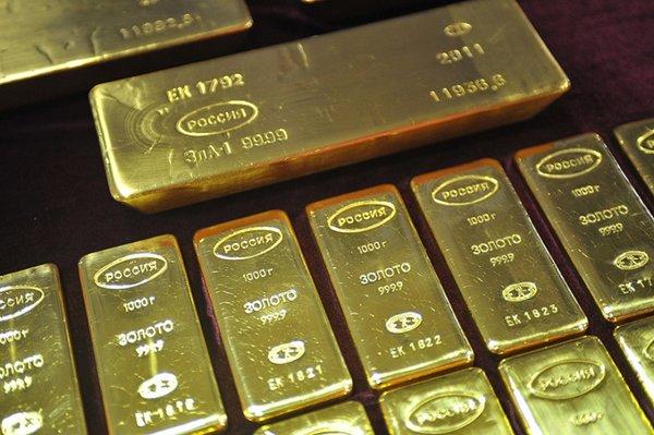 Отказ от доллара: Россия сделала первый шаг, золото станет доступнее для населения