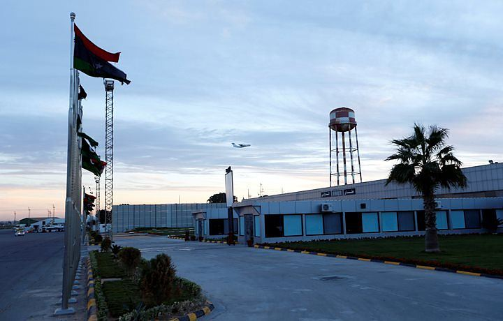 Более 20 человек погибли в ходе вооруженных столкновений у аэропорта Триполи
