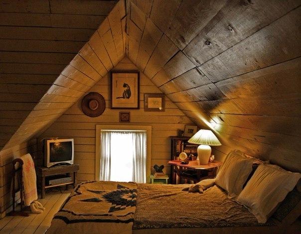 Как сделать жилую комнату на чердаке своими руками
