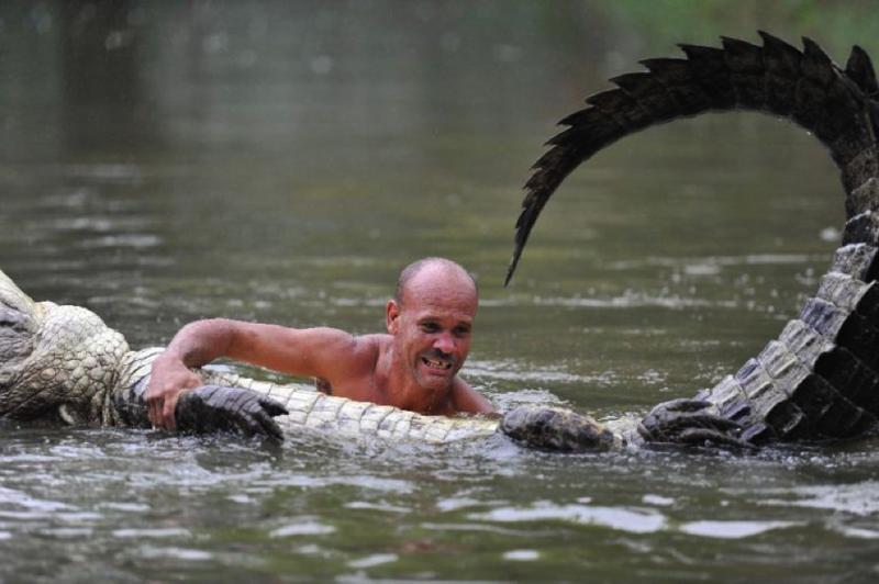 Что такое для меня быть человеком, который приручил крокодила? Это найти друга животные, жизнь, крокодил, люди, почо, рыбак, чито