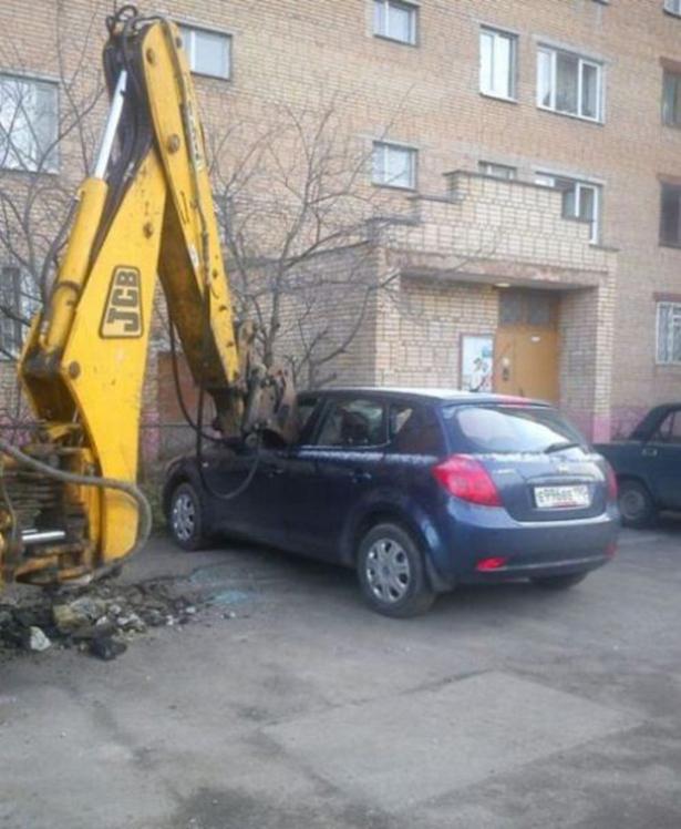 С твоей машиной что то не так BroDude.ru avto fail 1409603315