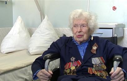 Врачи 13-й Городской больницы хотят поставить на ноги 95-летнего ветерана