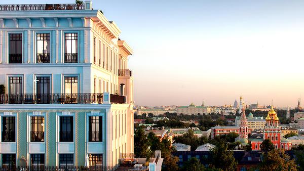 Самое сердце Москвы украсит …