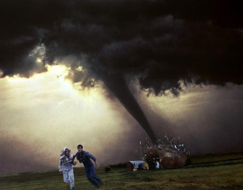Разрушительный ураган накрыл Закарпатье (ФОТО, ВИДЕО)
