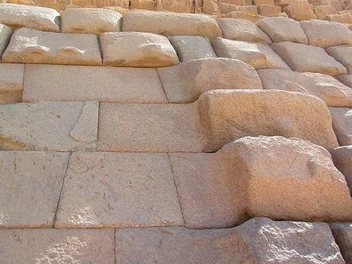 8. Пирамида Менкаура. Стена, выровнена неизвестным инструментом древний египет, история, технологии