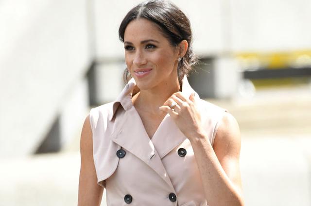 Как герцогиня: 11 платьев-тренчей, чтобы одеться в стиле Меган Маркл