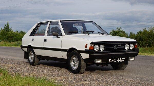 FSO Polonez - машина из Польши, которая выпускалась 24 года и оказалась лучше Жигулей.