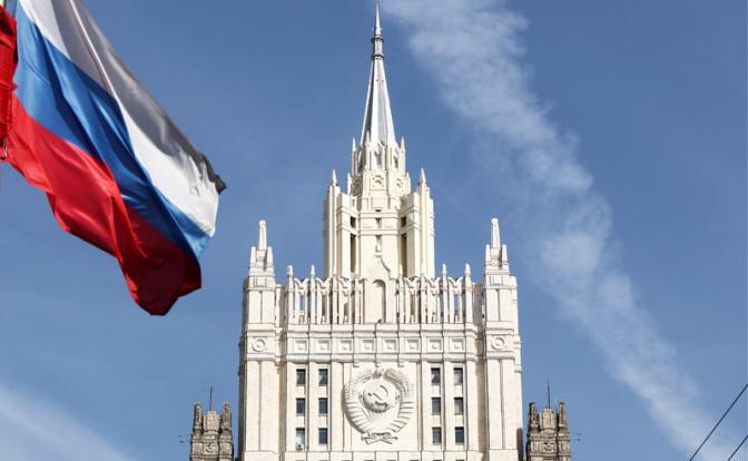 «Джентельмены» против «дикарей»: Ничего у этих русских не получится