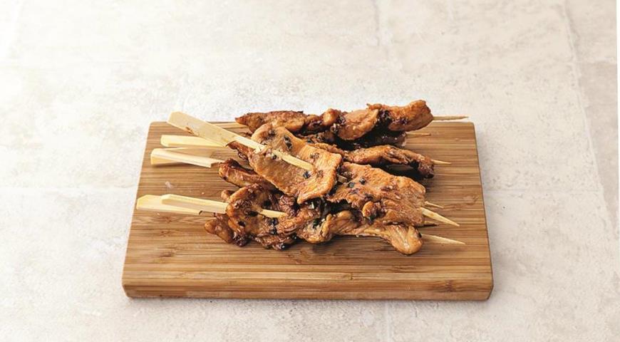 Шашлычки-сатай из индейки с арахисовым соусом. Шаг 6
