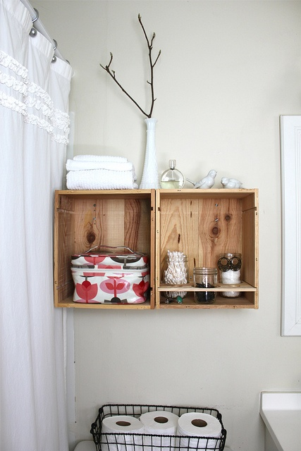 practical-bathroom-storage-ideas-54