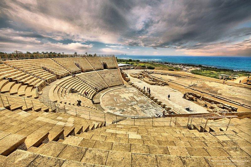 Практически театр Диониса в Афинах. Только это древний колизей в Национальном парке Кесарии, общины в Израиле Израиль, красиво, красивые места, природа, страны, страны мира, фото, фотограф