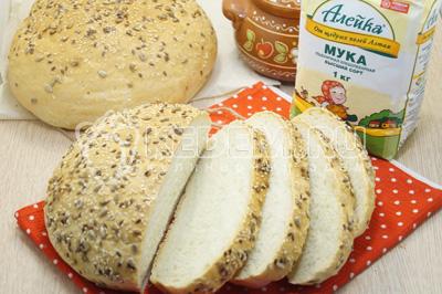 Домашний хлеб в духовке с зерновой корочкой