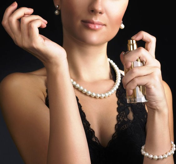 Проверь себя — 6 распространенных ошибок в использовании парфюма