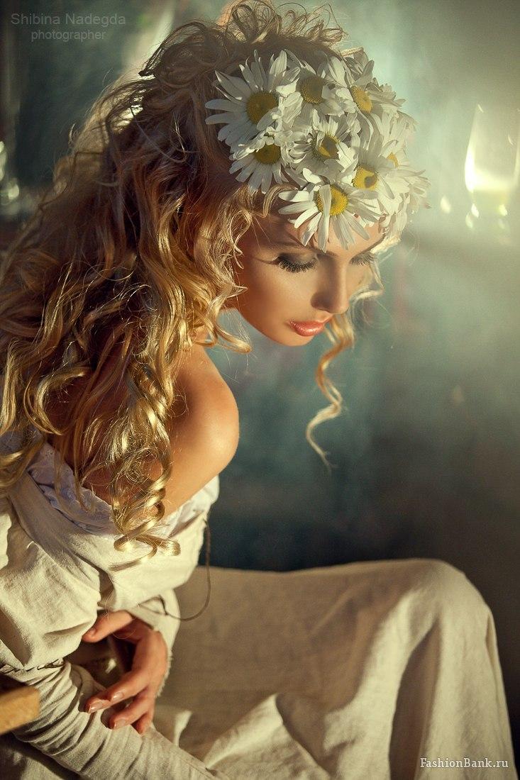 Красотки в искусстве  фотографий