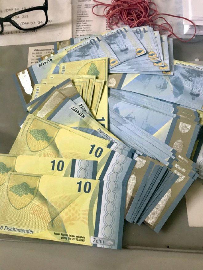 Уникальная местная валюта Фото Офигенно