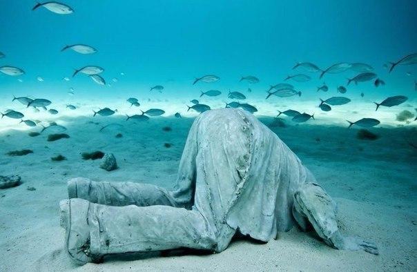Скульптуры Джейсона Тейлора на дне моря