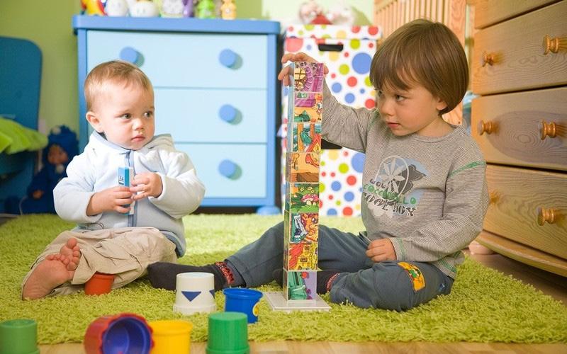 Спор о том, кто лучше между старшими и младшими в семье, решен научно