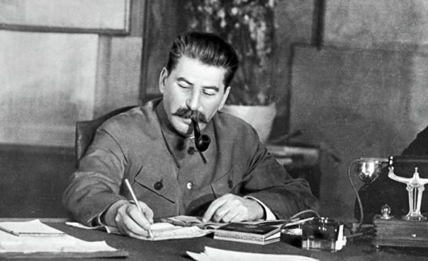 Сталин уничтожил 40 тысяч командиров РККА. «Закон о пяти колосках»