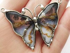 Рождение бабочки. Мастер-класс по созданию украшения в технике «Тиффани»