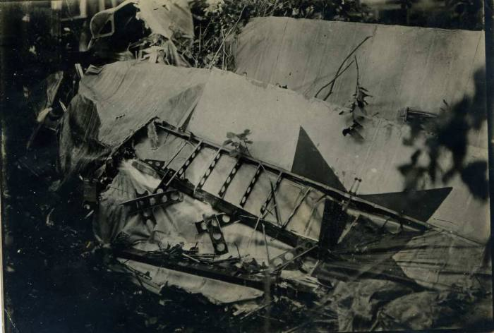 Самолет модели Спад разбитый при аварии в 1921 году.